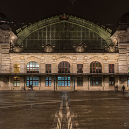 Bahnhof Basel SBB und Centralbahnplatz